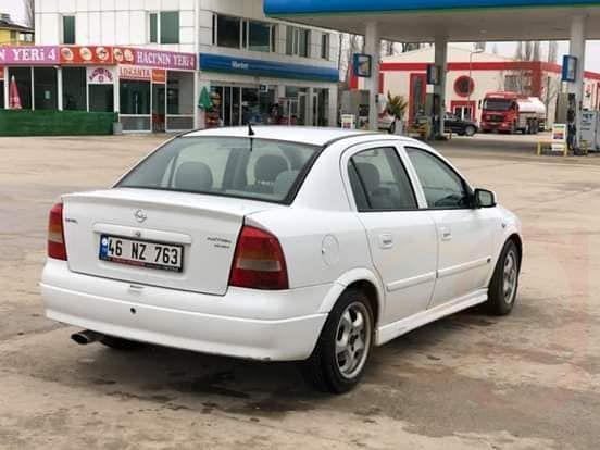 Auto Opel Astra di seconda mano del anno 2001 - Trovit