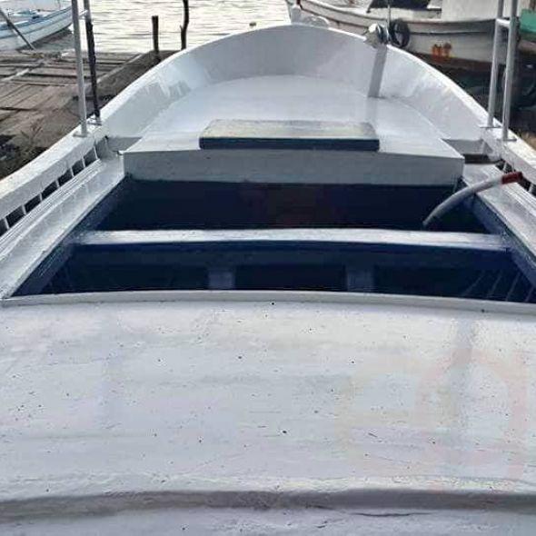 Balıkçı teknesi tüm bakımı yapıldı makinesi yeni şanjuman yeni tehsat yeni akü yeni masrafsiz amatör