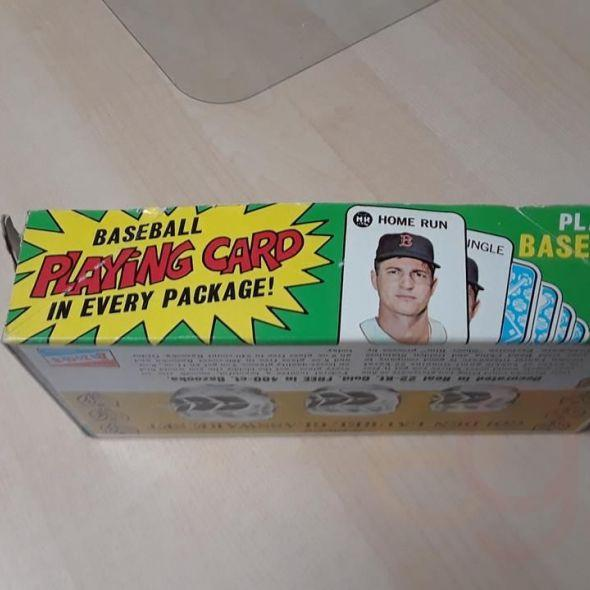 1968 open chee..Topps counter wax pack box