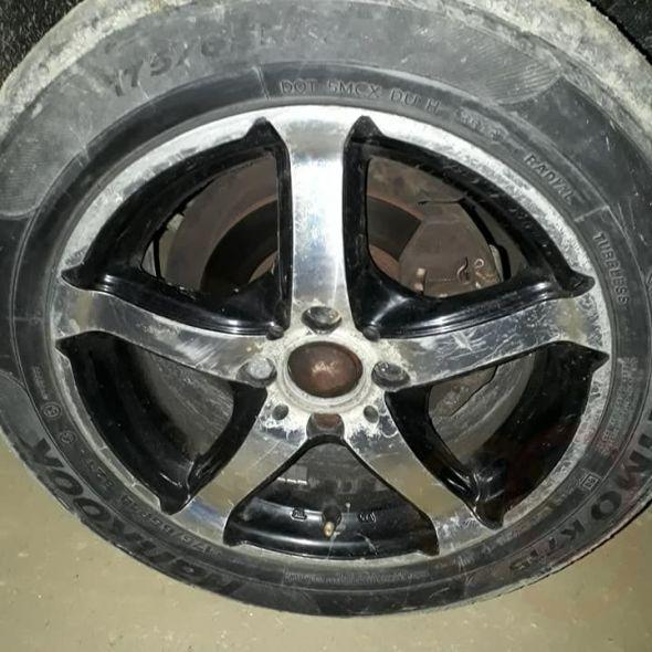 5-arm alloy rims 5 arm or 6 arm would swap with Tofaş