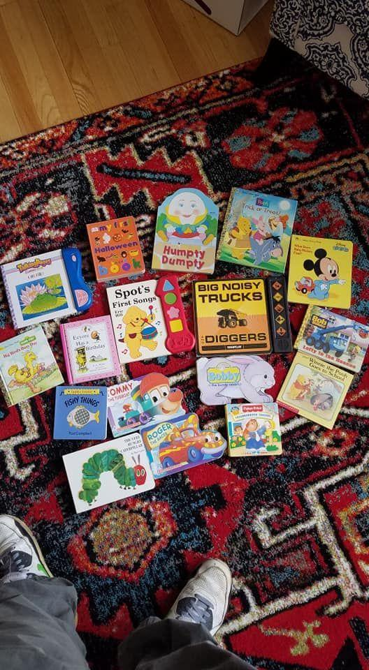 Children's books 31 of them $15.00