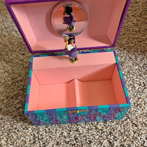 Girls jewelry box brand new