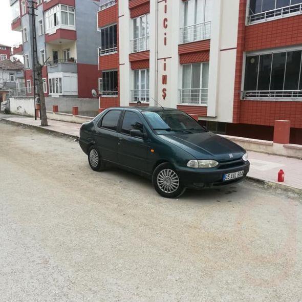 Orijinal arayanlara Fiat Siena 1999 model el 1.4 16 valf
