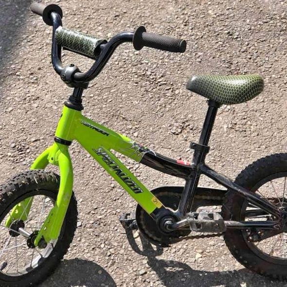 "Specialized 12"" Hot Rock bike"