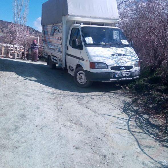 Tiransit kamyonet hususi