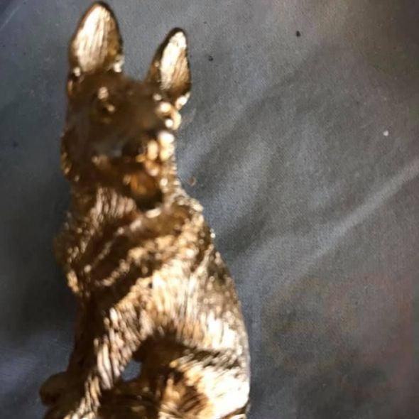vintage dog  pin. Traf