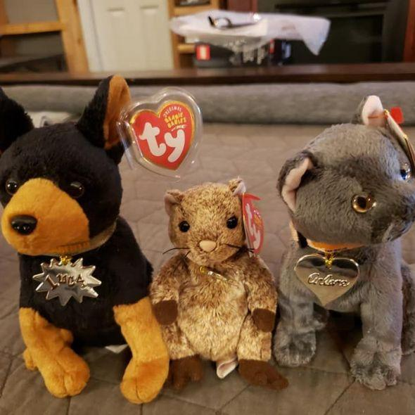 (1) Marketplace - Garfield Beanie Baby Set Brand set of 8 all with Tags
