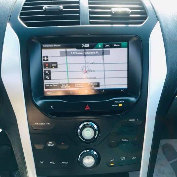 2014 Ford Explorer · XLT Sport Utility 4D