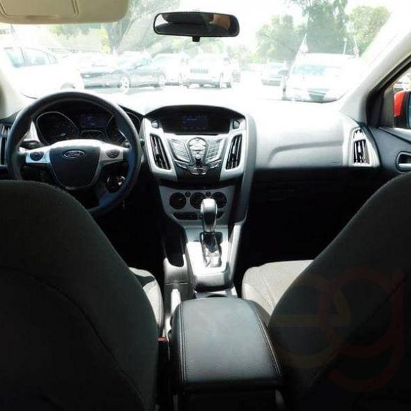 2014 Ford Focus · SE Hatchback 4D