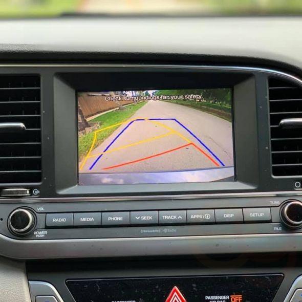 2017 Hyundai Elantra · SE Sedan 4D
