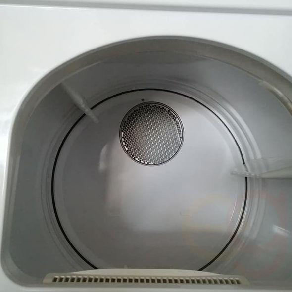 """27"""" Maytag Neptune Washer & Dryer Combo In Decoration"""