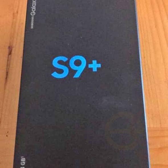 Brand new Samsung Galaxy S9+ Phone 64 GB