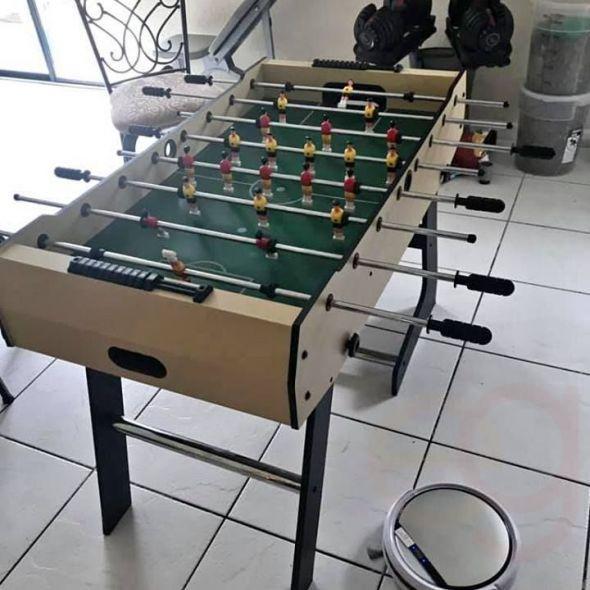 Foolsball table