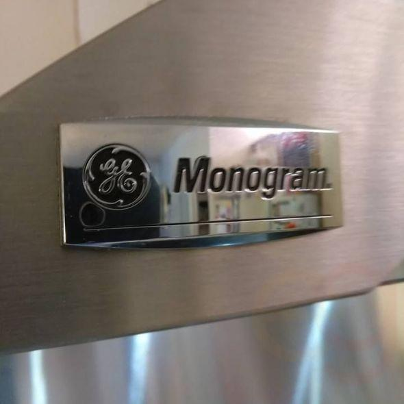 GE Monogram commercial quality exhaust system