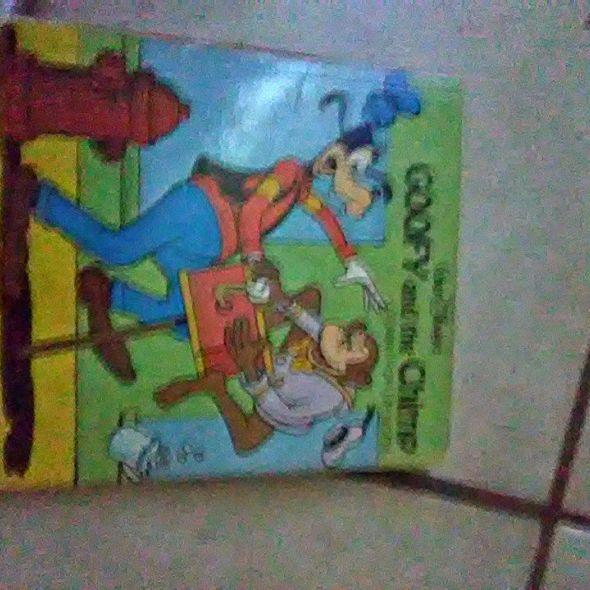 goffy and the chimp pop up book