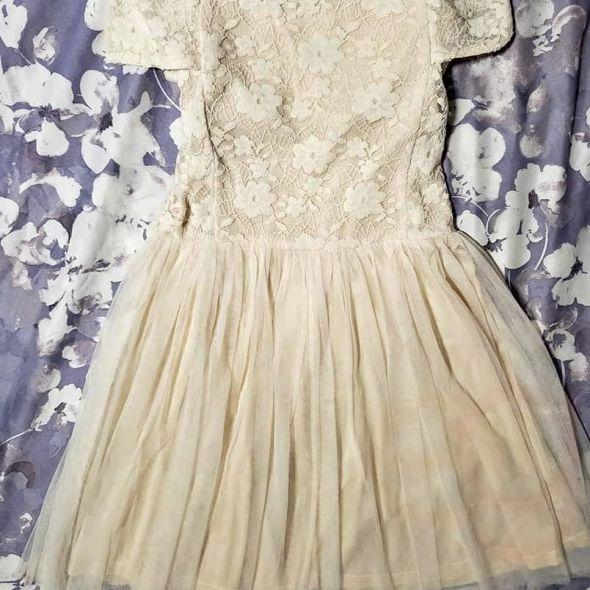 Off the shoulders brand new dress lace and tulle beige size medium