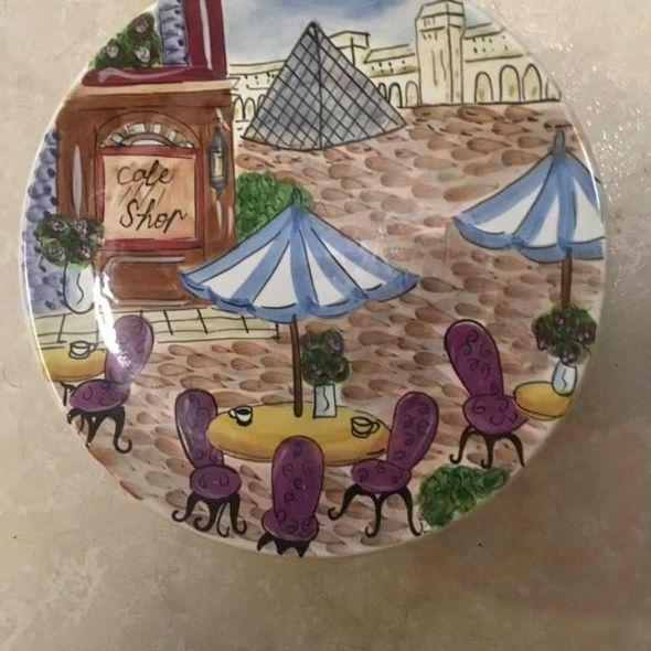 Set of 4 cafe Paris dishes