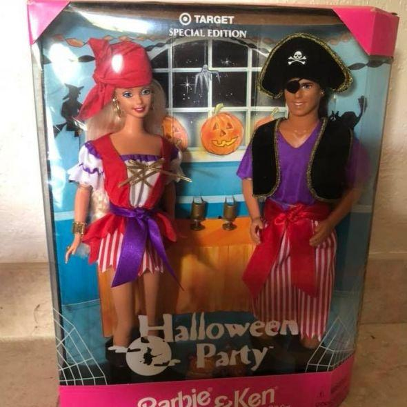 Vintage MATTEL BARBIE Dolls 1998 Halloween PARTY special edition Barbie & Ken gift set new in box