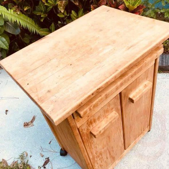 Vintage Style Wood Butchers Block Kitchen Island Cutting Board On Wheels Doors Are Flimsy Rox 1 In Furniture