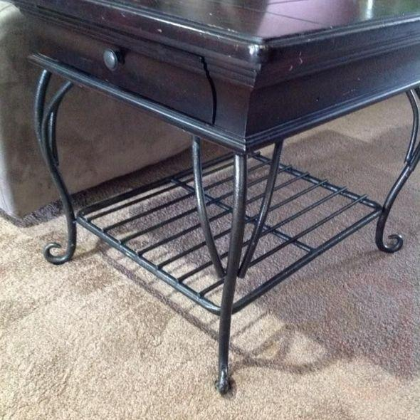 WROUGHT IRON WITH WOOD END TABLE WITH LAMP